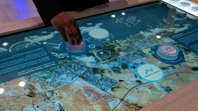 Multitouch table with object recognition