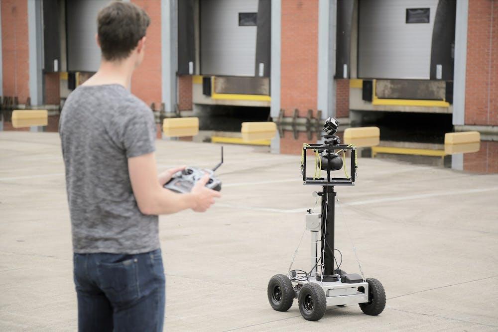 360 camera remote cart